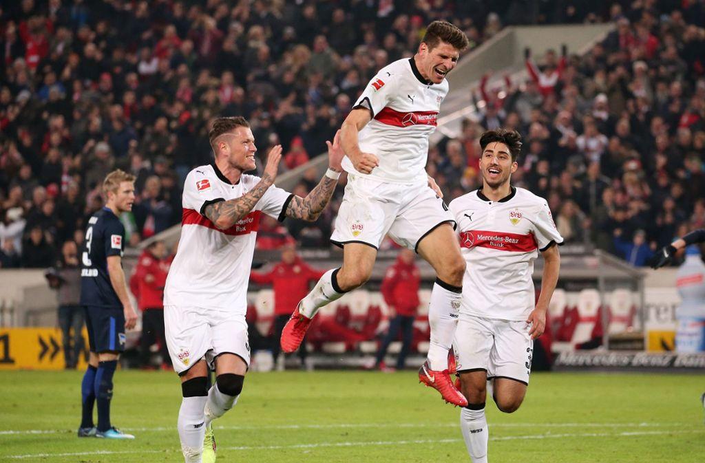 Mario Gomez durfte bei seinem Pflichtspiel-Debüt gleich jubeln. Foto: Pressefoto Baumann