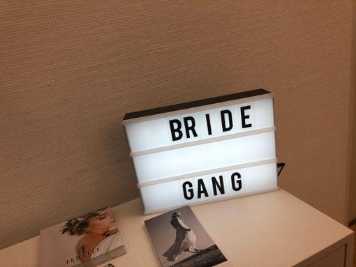 Brautmode-Expertinnen aus Stuttgart tippen auf Spitze und Transparenz