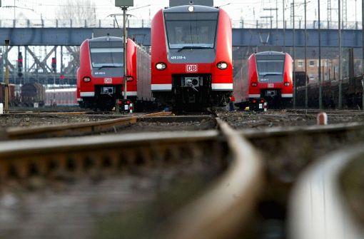 Unbekannter bringt S-Bahn aus dem Takt