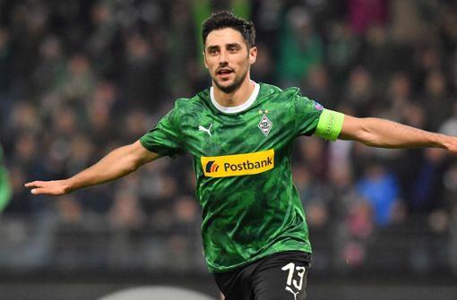 Stindl rettet Gladbach – Wolfsburg erreicht Zwischenrunde