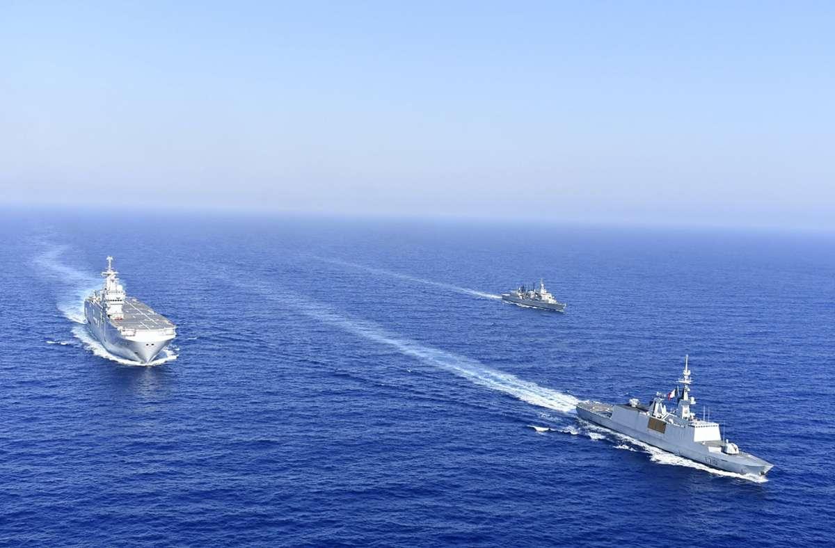 Östlich von Kreta sind inzwischen zahlreiche Kriegsschiffe und Kampfbomber unterwegs. Foto: dpa/Uncredited