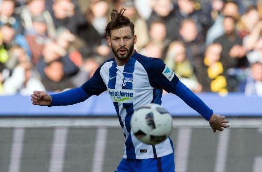Bundesliga-Spieler Marvin Plattenhardt aus Filderstadt wurde in einem Tweet der AfD gegen seinen Willen mit einem Foto veröffentlicht. Foto: dpa