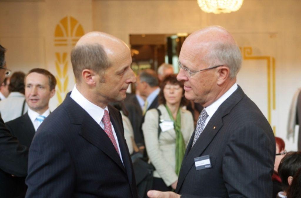 Da war er noch im Amt: BW-Bank-Vorstand Peter M. Haid (links) bei einem Stiftungstreffen Foto: Achim Zweygarth