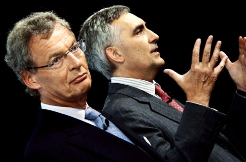 Siemens-Aufsichtsratschef Cromme und Vorstandschef Löscher (von links) waren eine Schicksalsgemeinschaft, die nun zerbrochen ist. Foto: dpa