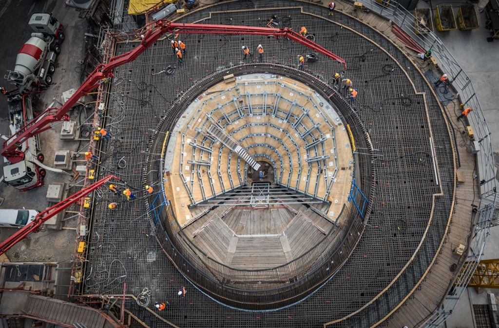 Der Betonguss der ersten Kelchstütze auf der Stuttgart-21-Baustelle. Foto: Lichtgut/Julian Rettig