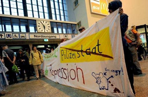 Parkschützer-Protest gegen Polizeiaktion