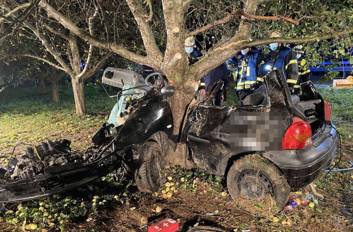 Die 21-jährige Beifahrerin überlebte den Unfall bei Weinstadt nicht. Foto: 7aktuell.de/Simon Adomat