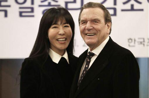 Ex-Kanzler gibt Details über seine fünfte Hochzeit bekannt
