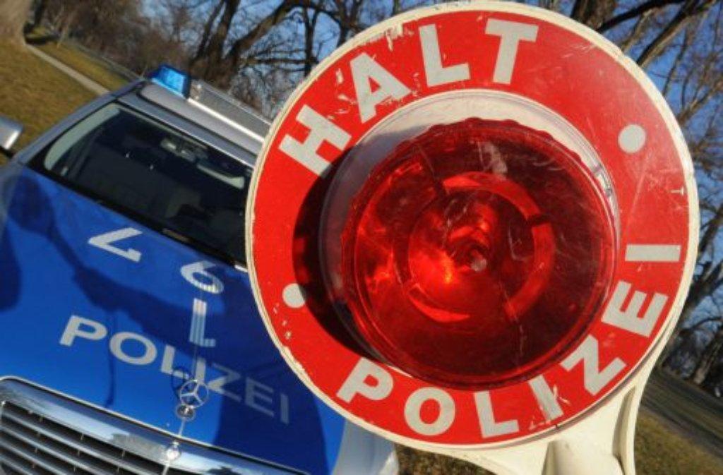 Lkw-Fahrer hat am Freitagabend in Nürtingen einen Falschfahrer gestoppt und diesem den richtigen Weg gezeigt. Foto: dpa/Symbolbild