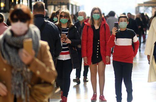 Wucherpreise für Mundschutzmasken im Internet