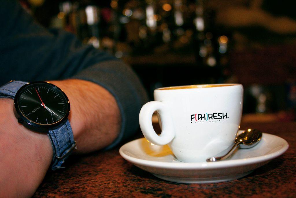 Severin Bandera und John Stewart möchten mit dem Verkauf ihrer Uhren Gutes tun und arbeiten deshalb mit internationalen Hilfsorganisationen zusammen. Foto: F(ph)resh