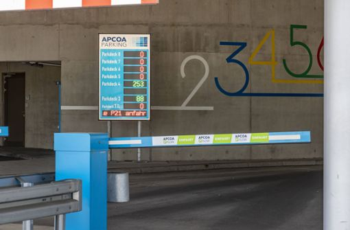 Am Stuttgarter Flughafen wird vollautomatisiertes Parken getestet