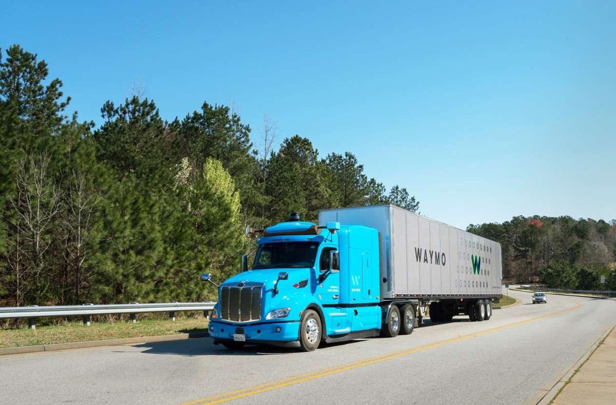 Vor drei Jahren ist die Google-Schwester Waymo in die Entwicklung autonom fahrender Trucks eingestiegen. Foto: Waymo