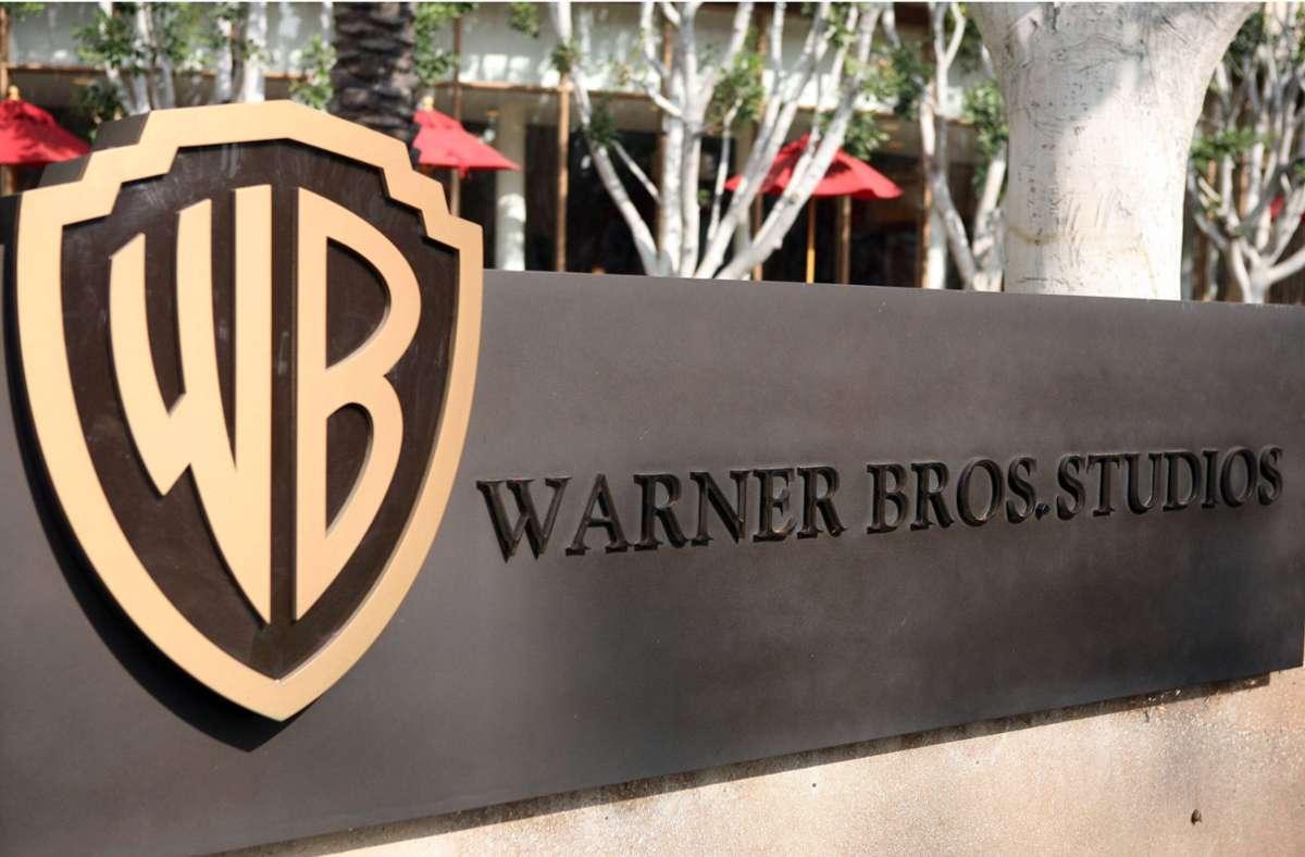 Unter anderem das traditionsreiche Hollywood-Studio Warner Bros. könnte bald den Besitzer wechseln. Foto: imago images/ZUMA Wire