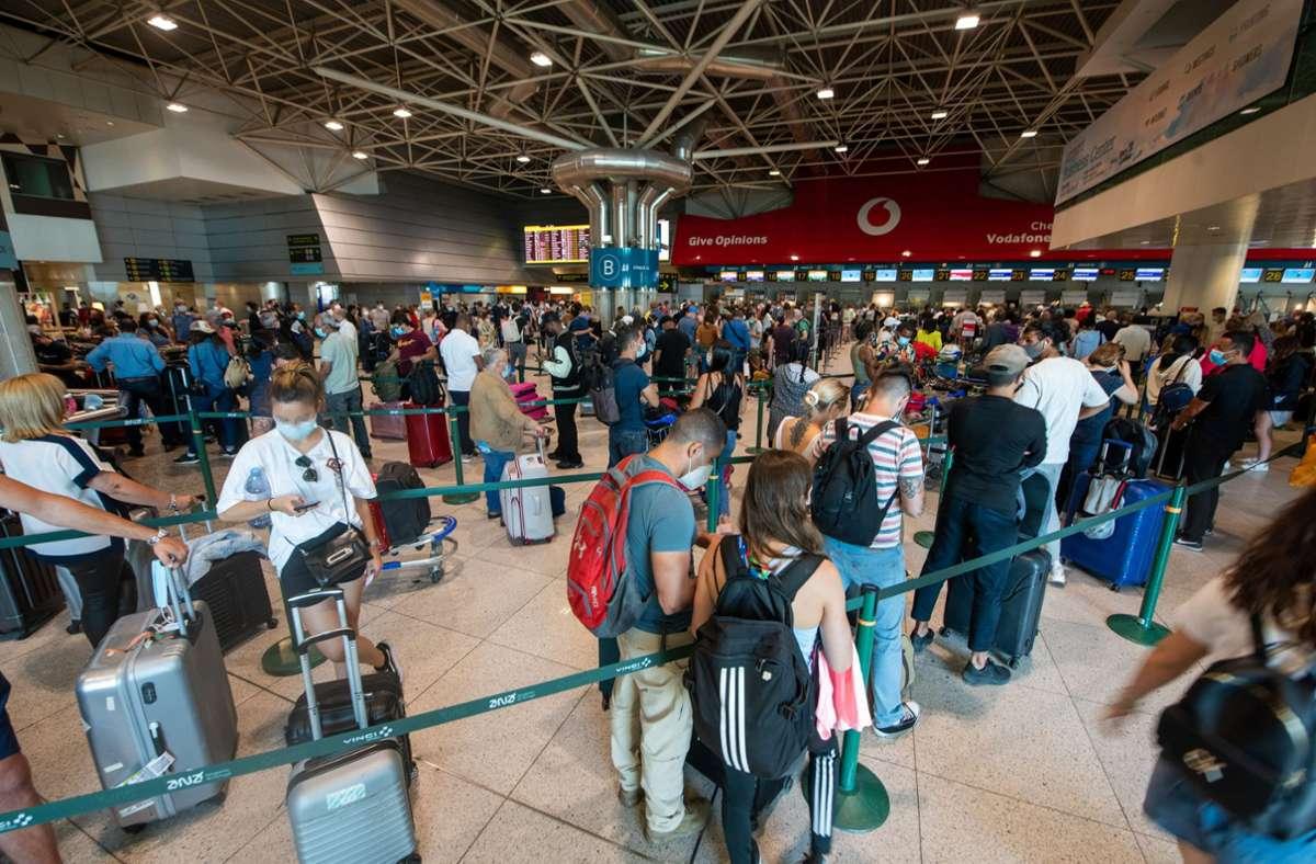 Unter anderem für Portugal werden die Reisebeschränkungen gelockert. (Symbolbild) Foto: dpa/Paulo Mumia