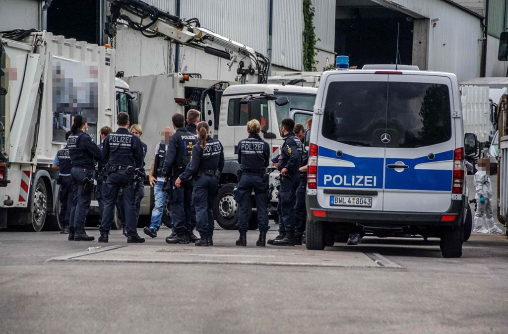 Auf der Suche nach der Leiche des 59-jährigen Opfers durchsuchte die Polizei auch ein Entsorgungsunternehmen. Foto: