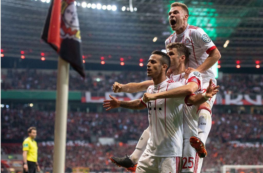 Der FC Bayern München hat schon die Meisterschaft gewonnen und könnte jetzt das Triple schaffen. Foto: dpa