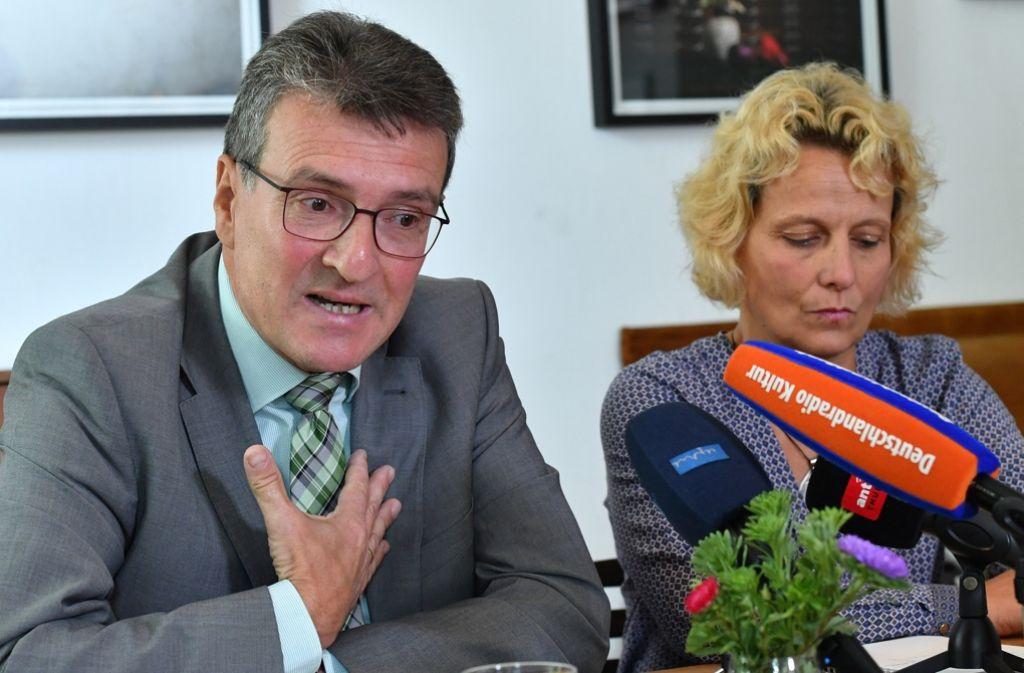 Thüringens Justizminister Dieter Lauinger und seine Frau Katrin. Foto: dpa-Zentralbild