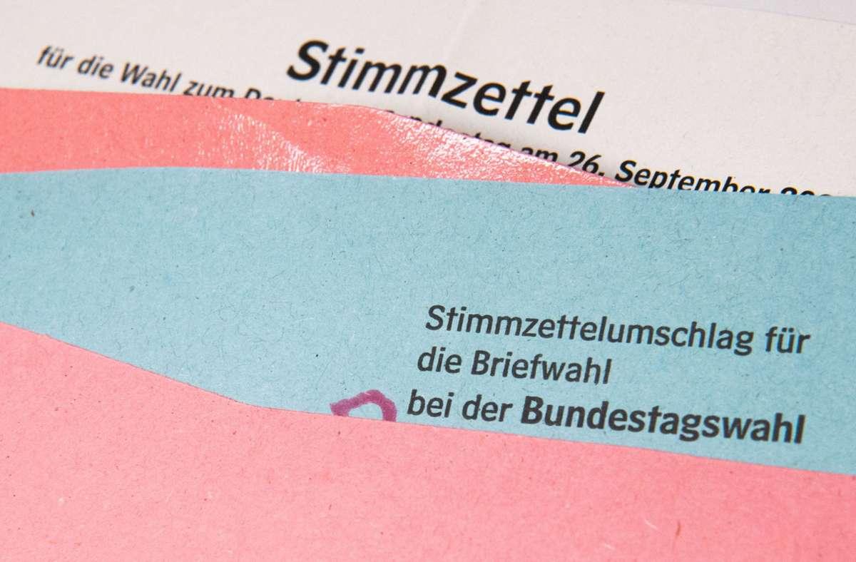 Briefwahlunterlagen. Foto: dpa/Julian Stratenschulte