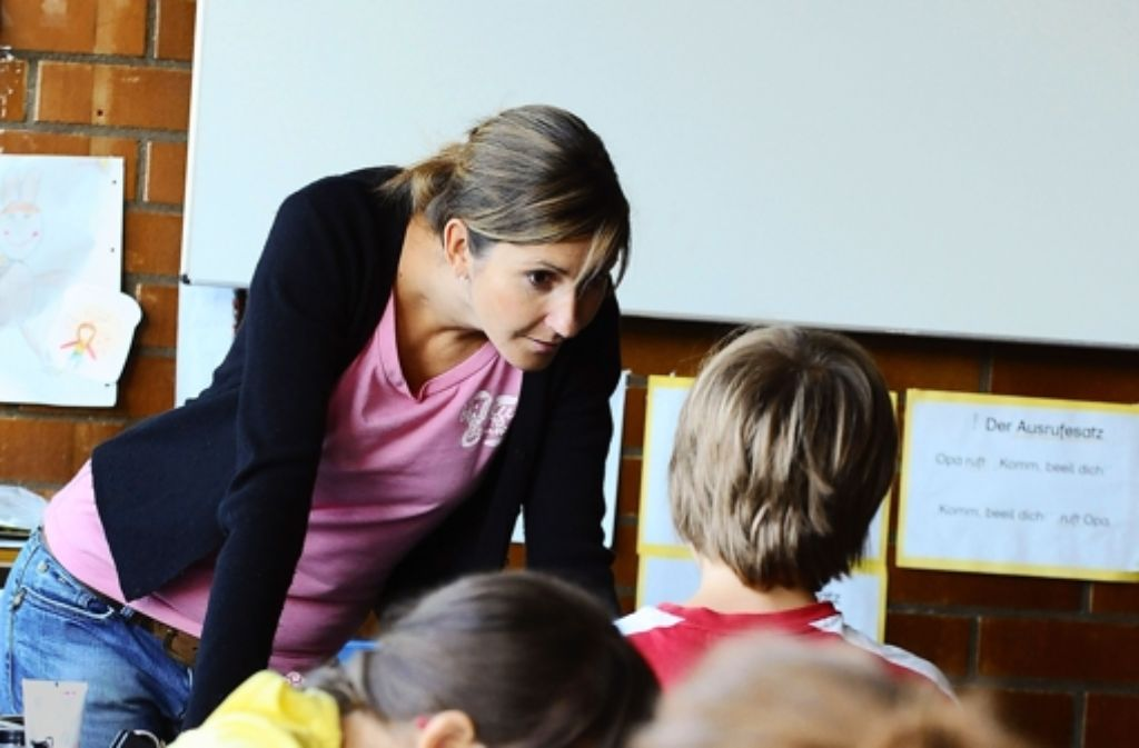 Mehr direkte Zuwendung der Lehrer will die CDU den Schülern ermöglichen. Foto: dpa