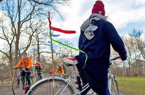 """""""Omas for Future"""" radeln Klimawünsche nach Berlin"""