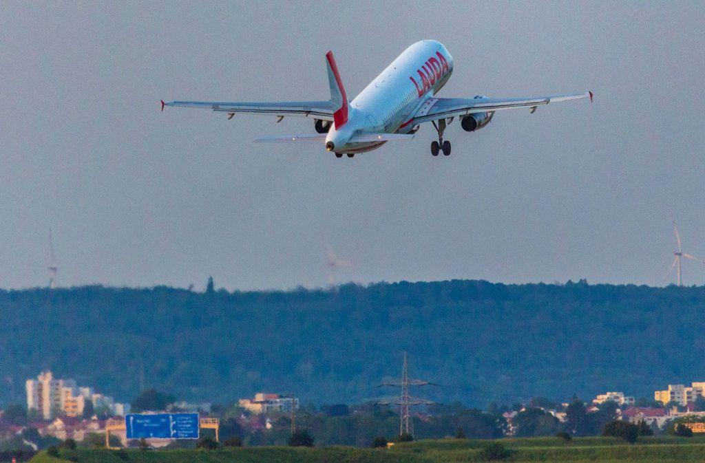 Mit Lärm verbunden: Ein Start am Flughafen Stuttgart. Foto: 7aktuell.de/Max Kurrer