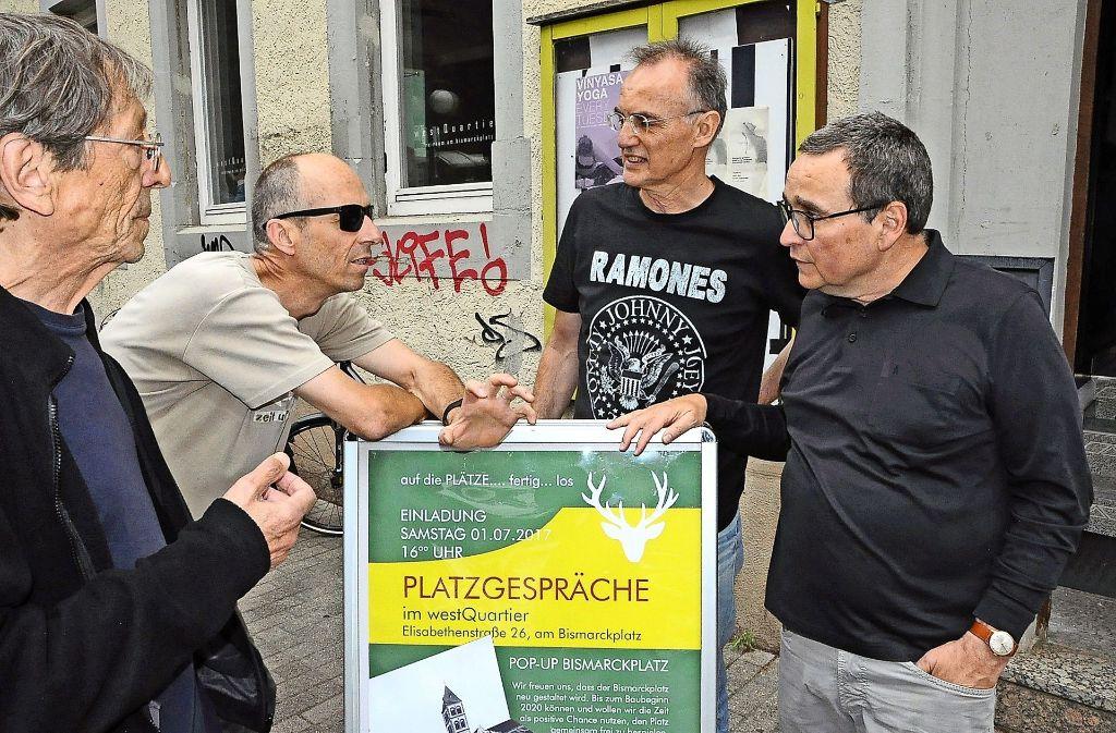 Ein Vorschlag beim Platzgespräch: die Verknüpfung von Café-Zelt, Parklets-Idee und einem grünen Zimmer. Foto: Georg Linsenmann
