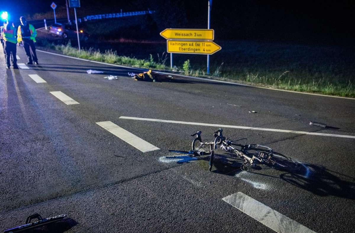 Der Radfahrer erleidet bei dem Unfall schwere Verletzungen. Foto: 7aktuell.de/Nils Reeh