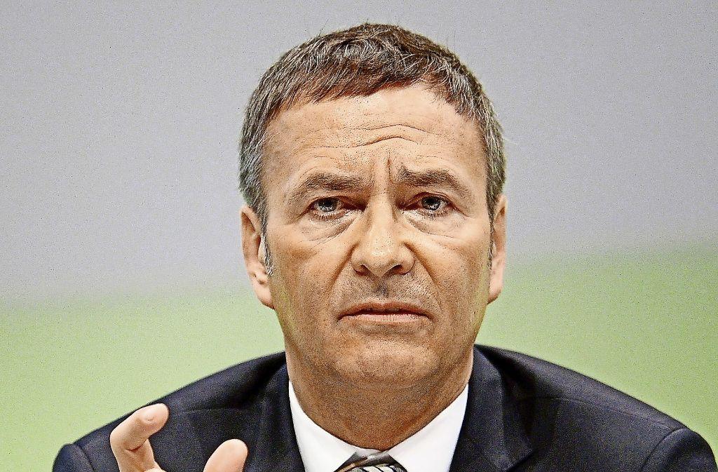 ROUNDUP: Daimler von Sonderkosten gebremst - Kronzeugenantrag im Kartellverdacht