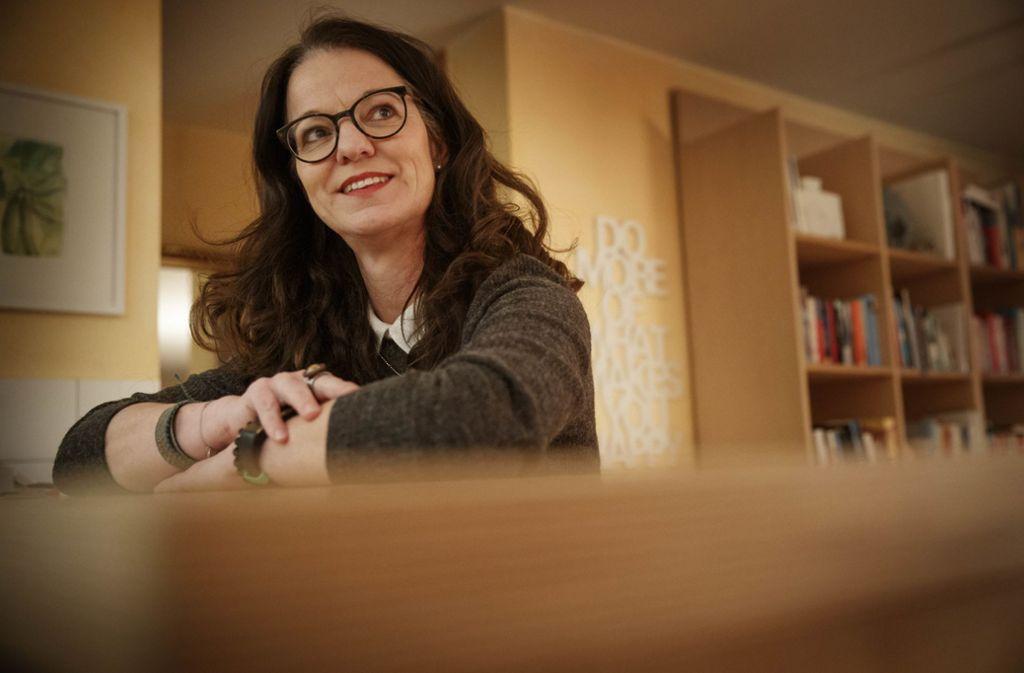 Sabine Wöhrstein arbeitet als selbstständige Beraterin und bei der VHS Backnang. Foto: Gottfried Stoppel