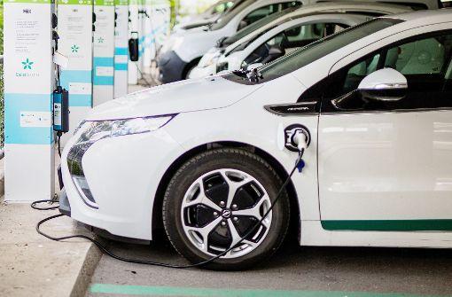 Verbände: Elektroautos keine Gefahr fürs Stromnetz