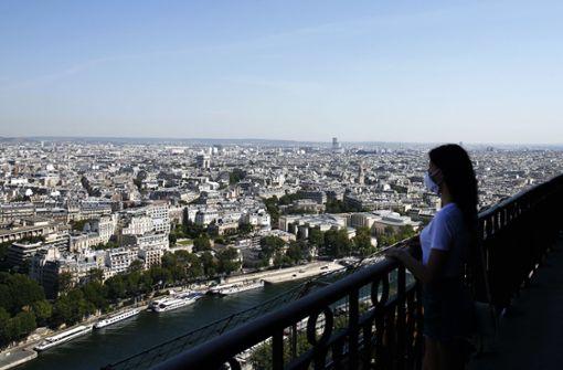 Eiffel-Turm nach 104 Tagen wieder weitgehend offen