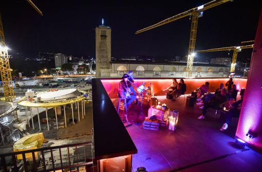 Erinnerungen an  Freddie Mercury über den Dächern von Stuttgart