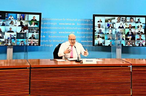 Wirtschaftsgipfel: Schadensbegrenzung per Videokonferenz