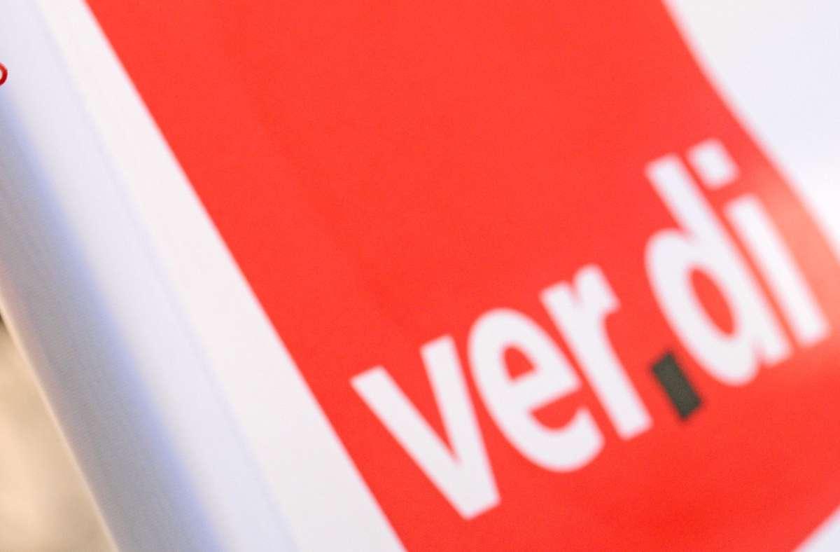 Verdi fordert mehr Geld für die im Einzelhandel Beschäftigten. (Symbolbild) Foto: Patrick Seeger/dpa/Patrick Seeger