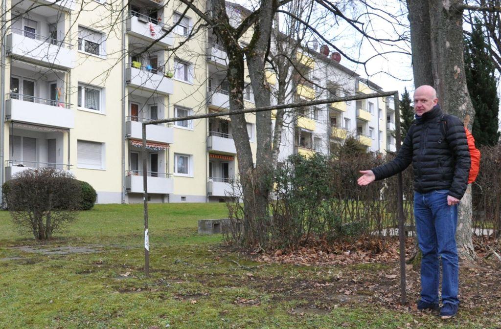 Eckhard Benner wünscht sich, dass vorrangig auf bereits bebauten Flächen nachverdichtet wird, und dafür keine Grünflächen wegfallen. Foto: Claudia Leihenseder
