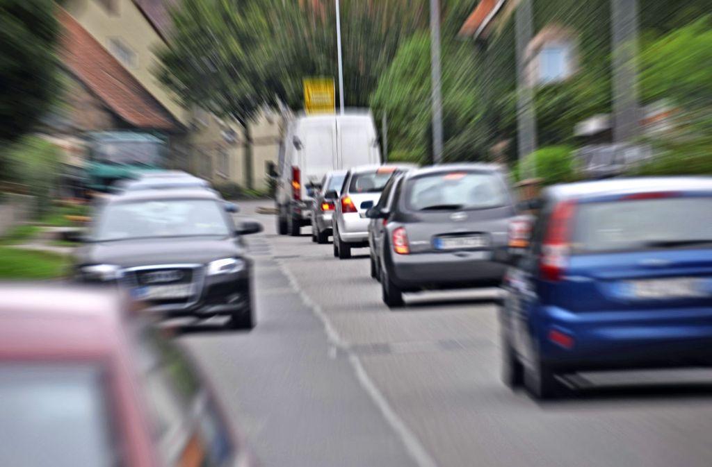 Auch die Reutlinger Straße in Sielmingen ist durch Verkehrslärm belastet. Foto: Leven, Norbert J.