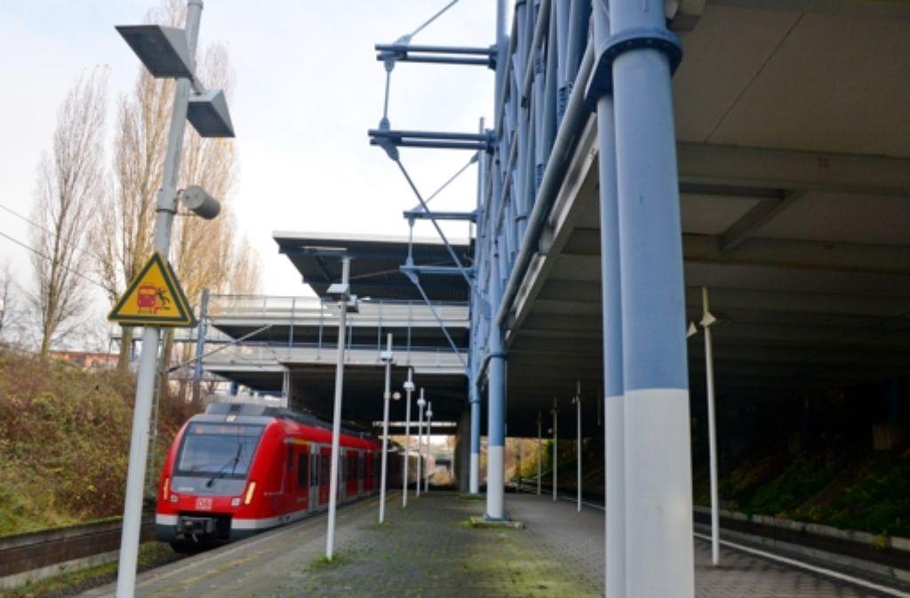 Auf den S-Bahngleisen durch Leinfelden-Echterdingen sollen auch Fern- und Regionalzüge rollen. Stuttgart-21-Kritiker sehen darin einen Engpass. Foto: Norbert J. Leven