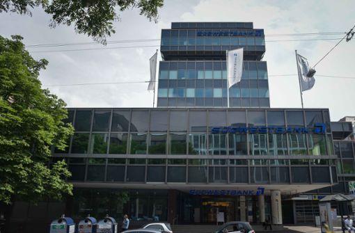 Südwestbank fährt drastischen Sparkurs