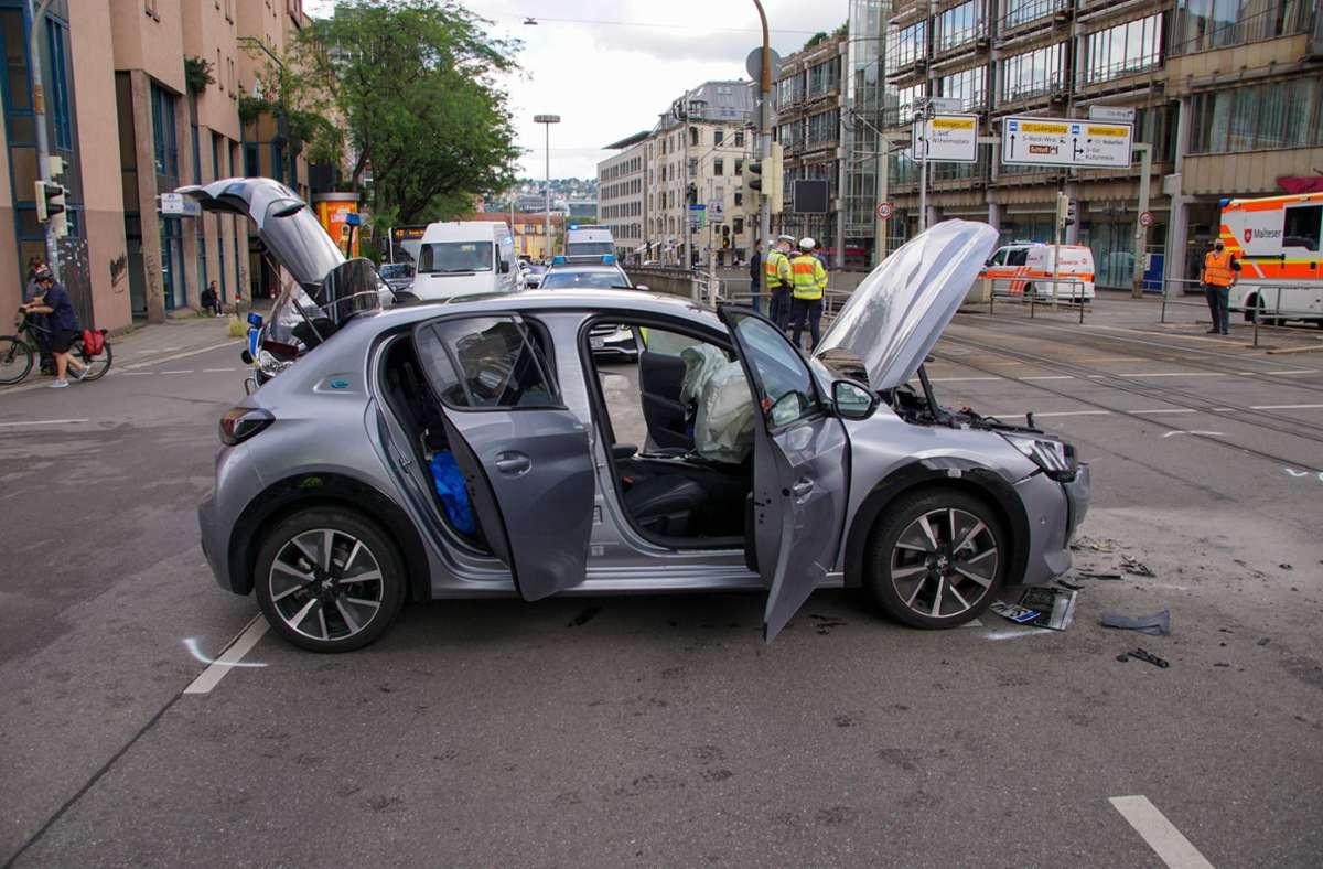 Unfall auf der Kreuzung Olgaeck/Charlottenstraße. Foto: 7aktuell.de/Andreas Werne/r