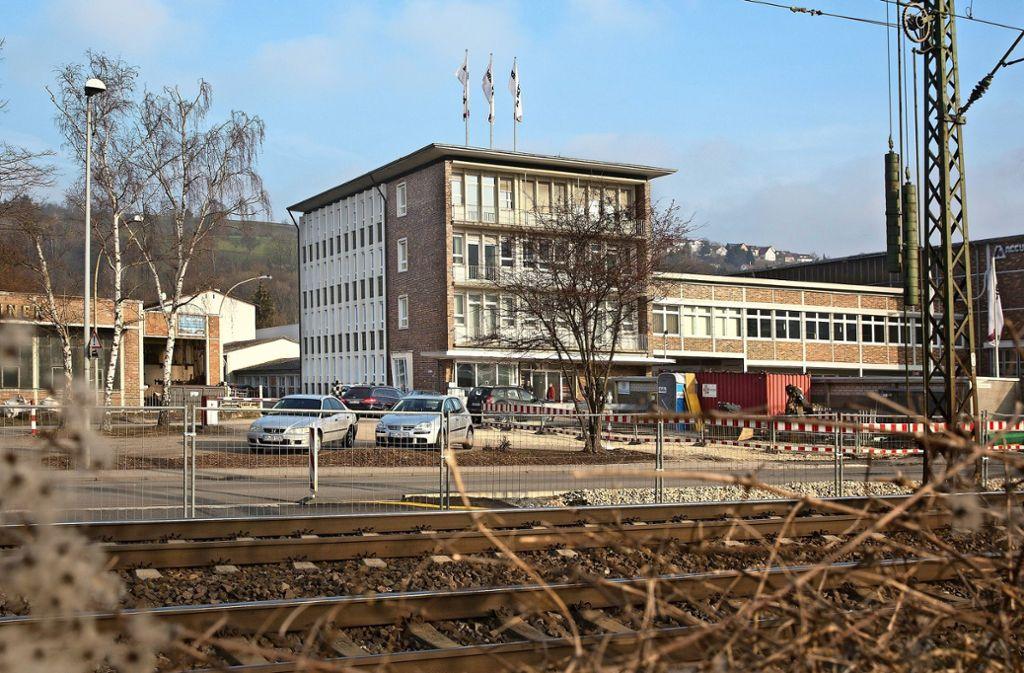 Für die Zukunft des ehemaligen Südrad-Werkes in Ebersbach sieht es mehr als durchwachsen aus. Foto: Horst Rudel