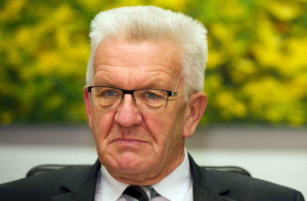 Ministerpräsident Winfried Kretschmann beraumte eine Sitzung des Koalitionsausschusses an, um den Vorstoß von Susanne Eisenmann zu beraten. Foto: dpa