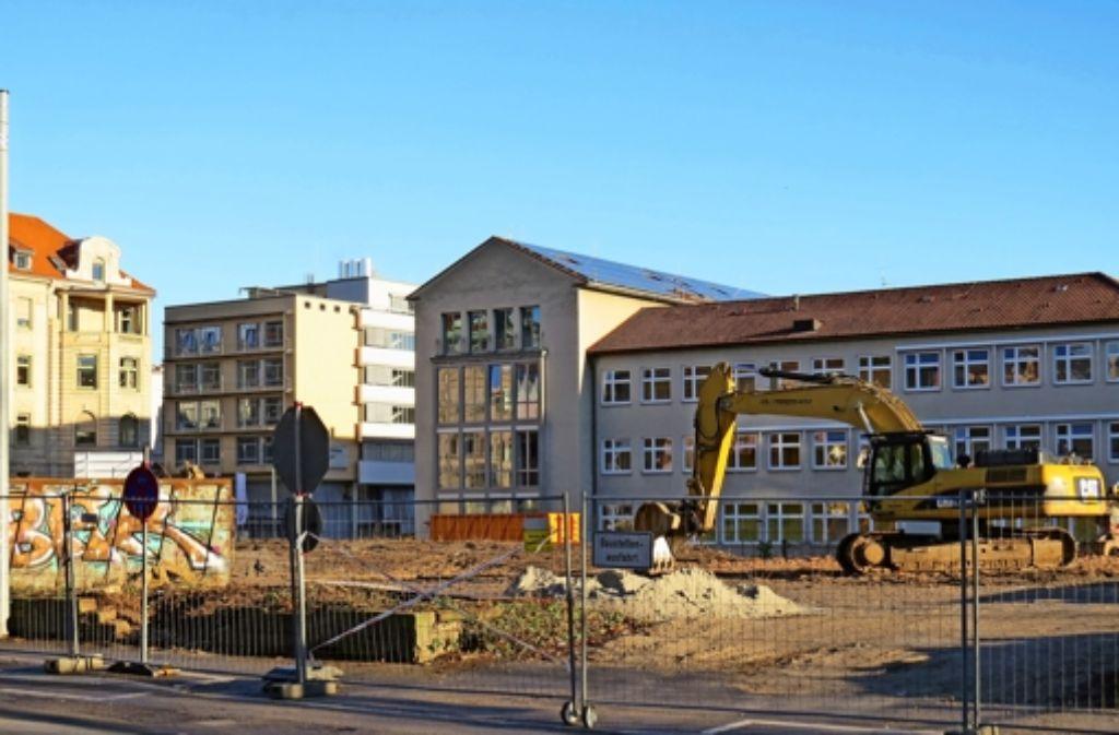 Zwischenzeitlich ist das Areal abgeräumt. Ende 2015 sollen die Bauarbeiten abgeschlossen sein. Foto: red