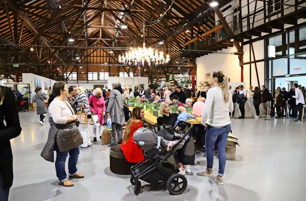 """Zum fünften Mal präsentierte sich die Messe """"Tisch und Tafel"""" mit 94 Ausstellern in der Alten Kelter. Foto: Patricia Sigerist"""