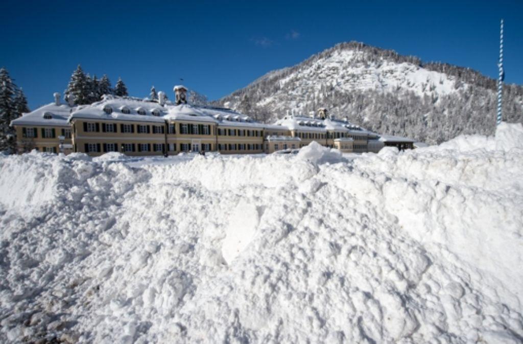 Hinter diesen Schneebergen tagt die CSU zu ihrer Klausurtagung  in Wildbad Kreuth noch bis Donnerstag. Foto: dpa