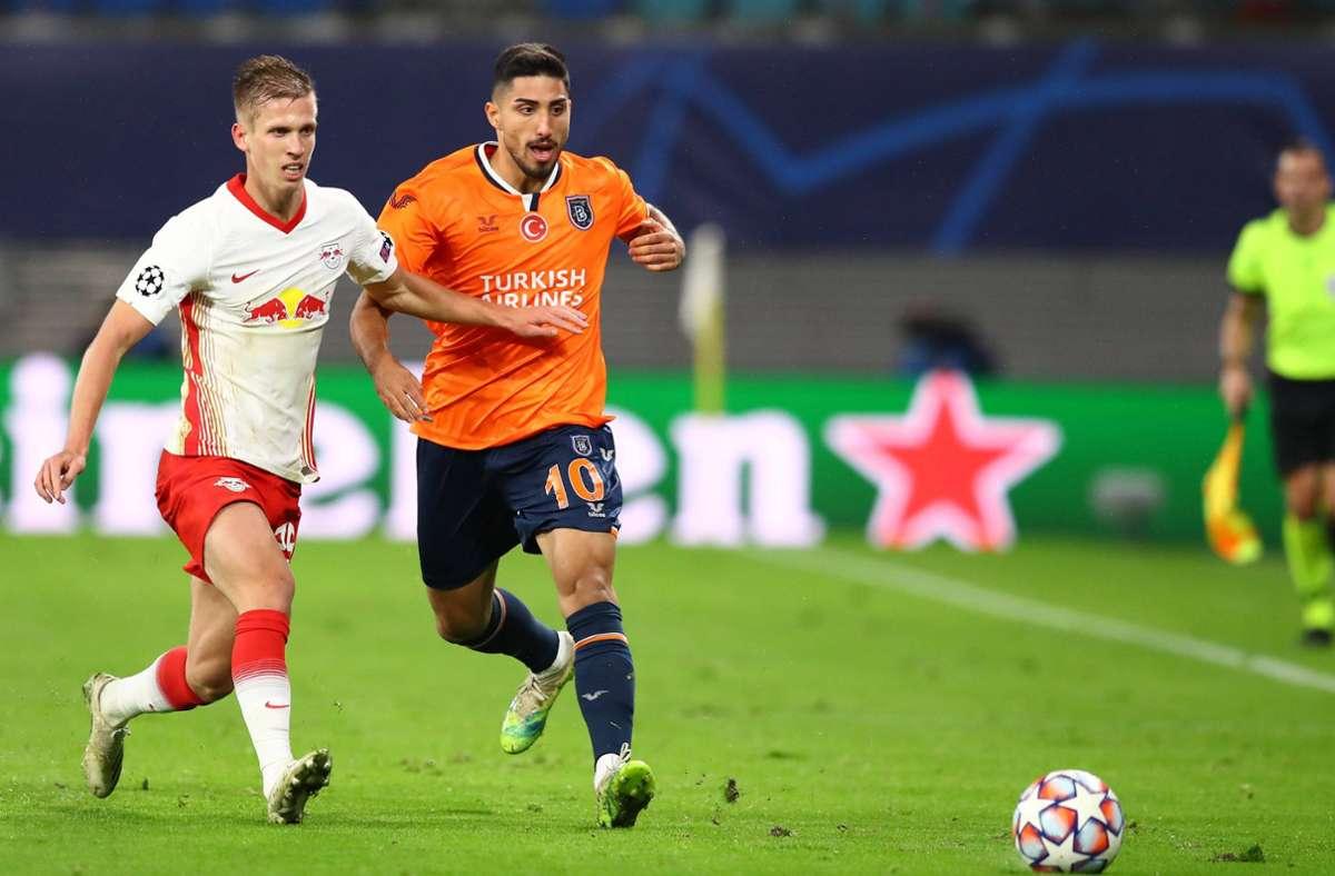 Berkay Özcan (re.) war einst Jugendspieler und Profi beim VfB Stuttgart. Seit dieser Woche ist er Champions-League-Spieler. Foto: imago//Roger Petzsche