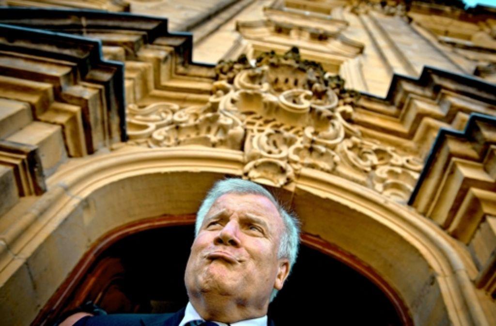 """CSU-Chef Seehofer will Bayern in die """"dritte industrielle Revolution"""" führen. Foto: dpa"""