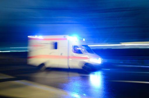 Dreijährige stürzt aus Fenster sechs Meter in die Tiefe