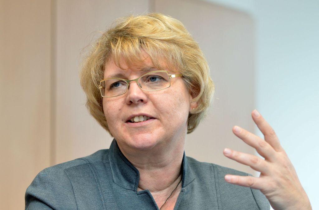 Gabriele Frenzer-Wolf, stellvertretende Landesvorsitzende des DGB, hat Zweifel am bisherigen Auftrag der Kommission, die die Parlamentarierversorgung unter die Lupe nehmen soll. Foto: dpa
