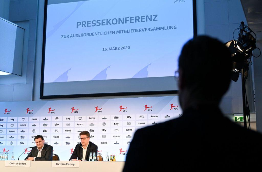 Am 16. Mai soll es mit der Fußball-Bundesliga weitergehen. Foto: dpa/Arne Dedert